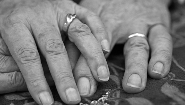 old-couples-hands